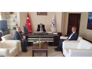 Başkan Akay'dan ERÜ Rektörü Çalış'a ziyaret