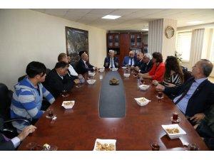 Esnaf odalarından Başkan Vekili Özak'a Ahilik Haftası ziyareti