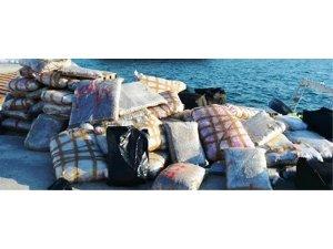 Sürat teknesiyle getirilen 1,5 ton skunk yakalandı