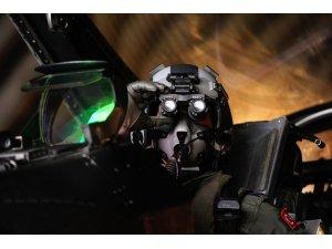 İşte jet pilotunun görev öncesi kontrolleri