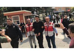 Bakırköy'de insanların üzerine otomobil süren zanlı adliyeye getirildi
