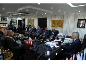 Başkan Günaydın, MHP il yönetimini ağırladı