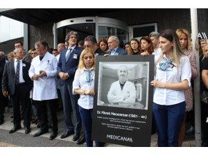 Hastası tarafından öldürülen doktorun anısına tören düzenlendi