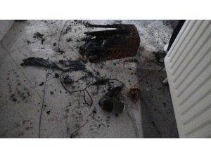 Prizde unutulan saç kurutma makinesi yangın çıkardı