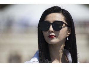 Çin'de ünlü aktriste 129 milyon dolar vergi cezası