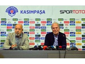 """Mustafa Denizli: """"Fatih Terim ve Şenol Güneş ile güzel bir yarış olacak"""""""