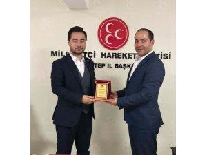 MHP İl Başkanı Çelik il başkan yardımcılarını ödüllendirdi