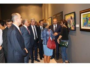 TCMB Sanat Koleksiyonu'nda yer alan eserler Malatya'da sergilendi