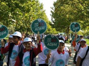 Öğrencilerden ''Dünya Yürüyüş Günü''nde 10 bin adım