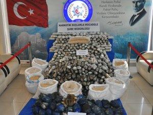 Suriye'den gelen tırdan 5 milyon 400 bin uyuşturucu hap çıktı