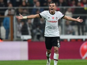 Beşiktaş'tan Pepe'ye yeni sözleşme