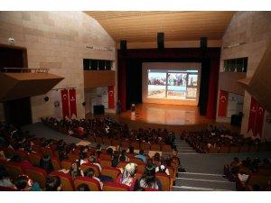 """İBB'den 10 bin öğrenciye """"Denizlerimiz temiz kalsın"""" semineri"""