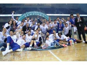 34. Cumhurbaşkanlığı Kupası Anadolu Efes'in.