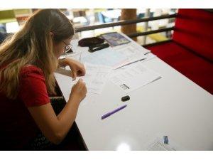 Gençler, Işılay Saygın Gençlik Merkezi'ni sevdi
