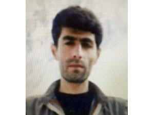 """İçişleri Bakanlığı, 4 milyon TL ödülle kırmızı kategoride aranan """"Cuma Mardin"""" kod adlı Mehmet Sait Sürer isimli teröristin etkisiz hale getirildiğini bildirdi."""