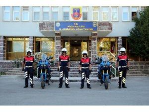 Jandarma'nın Motosikletli Asayiş Timi göreve başladı