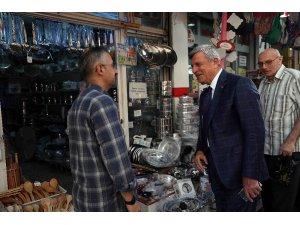 Başkan Karaosmanoğlu esnaflarla buluştu