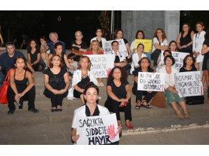 Kadın Hekim Platformu'ndan hekime şiddete sessiz tepki