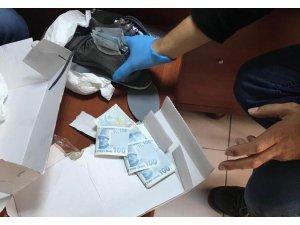 Ayakkabı içerisinden 50 adet sahte 100 lira ele geçirildi