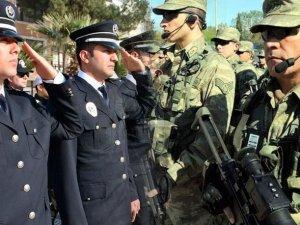 Polise, korucuya, askere müjde paketi