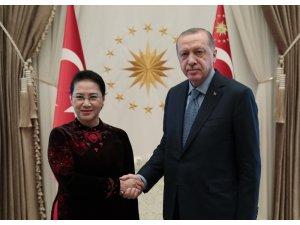 Cumhurbaşkanı Erdoğan, Vietnam Ulusal Meclis Başkanını kabul etti