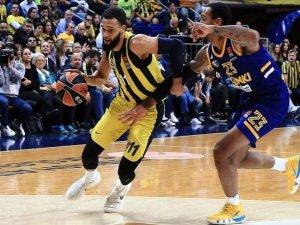 Fenerbahçe'de Tyler Ennis sakatlandı