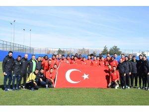 BB Erzurumspor'dan Cumhuriyet Bayramı kutlaması