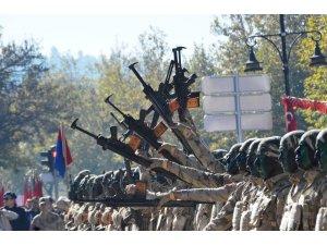 Cumhuriyet coşkusuna Jandarma timlerinin gösteriler damga vurdu