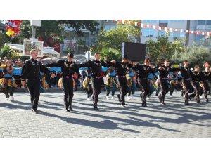 Burhaniye'de Cumhuriyet Bayramı coşkusu yaşandı