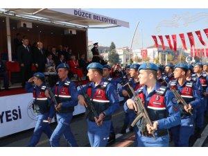 Düzce'de Cumhuriyet Bayramı coşku ile kutlanıyor