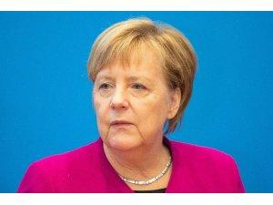 Merkel, CDU liderliğini bırakıyor