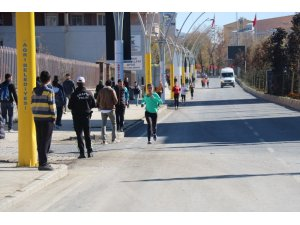 Ağrı'da 29 Ekim Cumhuriyet Koşusu Yapıldı