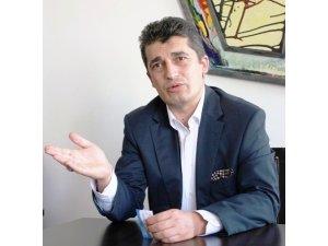 """İNOSAM Başkanı Gürkan Avcı: """"Türk beyin göçü ve beyin erozyonu artıyor"""""""