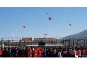 Gemlik'te drone'lu 29 Ekim gösterisi