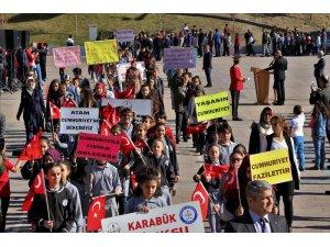Karabük'te Cumhuriyet Bayramı kutlamalarına yoğun ilgi