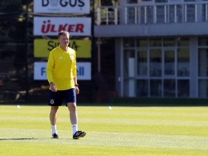 Fenerbahçe, Erwin Koeman ile çalıştı
