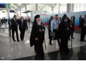 Yeni Havalimanı açılış törenine ünlü akını