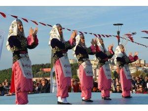 Uluslararası Troya Halk Dansları Festivali gerçekleşti