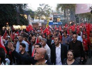 Adana'da meşaleler Cumhuriyet'in 95. yılı için yandı