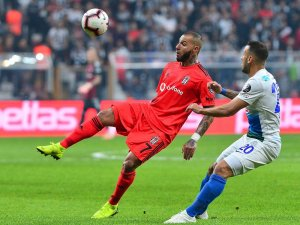Spor Toto Süper Lig: Beşiktaş: 2 - Çaykur Rizespor: 0 (İlk yarı)