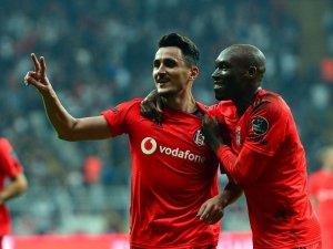 Pektemek, 11'de çıktığı ilk maçta 2 gol attı