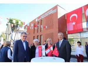 Mezitli'de 2. Aktif Yaş Alma Merkezi açıldı