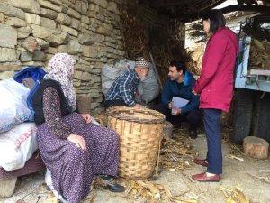 İzmit Belediyesi'nin köy ziyaretleri hız kesmiyor