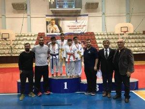 Minik judoculardan büyük başarı