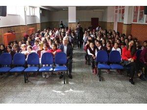 """Elazığ'da """"Küçük Yüreklerden Bilinçli Annelere"""" projesi"""