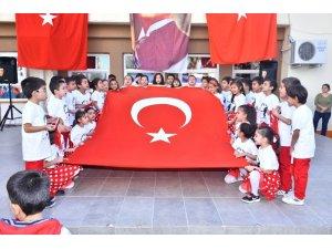 Gazipaşa İlkokulu'nda Cumhuriyet coşkusu