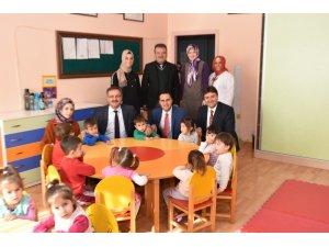 Başkan Güney'den anaokulu ziyareti