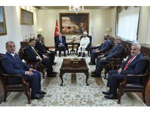 Diyanet İşleri Başkanı Erbaş, 5 ilin yeni müftüsünü kabul etti
