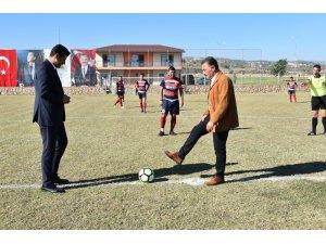 Toroslar'da Kurtuluş Kupası Futbol Turnuvası başladı