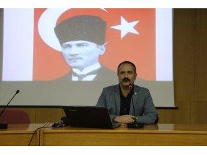 """Elazığ'da """"Bir Şiir Atatürk"""" konferansı"""